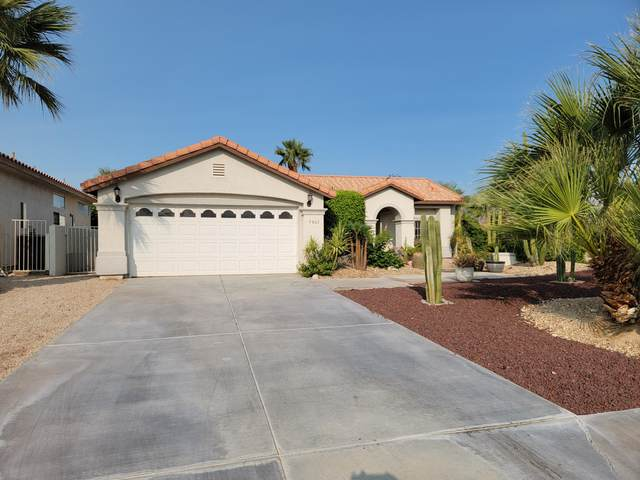 9865 El Rio Lane, Desert Hot Springs, CA 92240 (MLS #219068113) :: KUD Properties