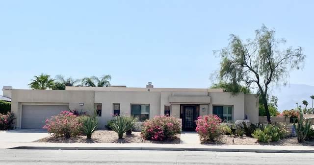 1401 E Racquet Club Road, Palm Springs, CA 92262 (MLS #219068195) :: KUD Properties
