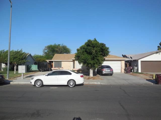 53382 Calle La Paz, Coachella, CA 92236 (MLS #219068832) :: The Jelmberg Team