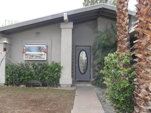 77549 Edinborough Street, Palm Desert, CA 92211 (MLS #219069198) :: The John Jay Group - Bennion Deville Homes