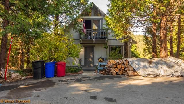 410 Golf Course Way, Lake Arrowhead, CA 92352 (#219069402) :: The Pratt Group