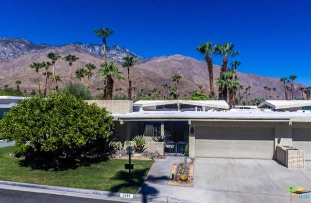 2195 S La Paz Way, Palm Springs, CA 92264 (MLS #17257110PS) :: Brad Schmett Real Estate Group