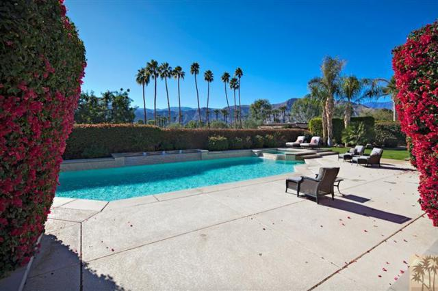 139 Waterford Circle, Rancho Mirage, CA 92270 (MLS #217015998) :: The John Jay Group - Bennion Deville Homes