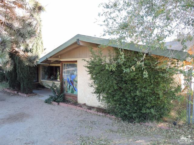 7517 Deer, Yucca Valley, CA 92284 (MLS #217031290) :: The John Jay Group - Bennion Deville Homes