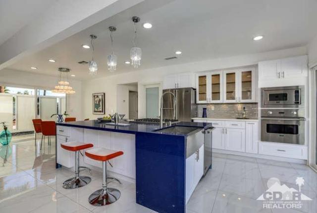315 N Farrell Drive, Palm Springs, CA 92262 (MLS #218002254) :: Brad Schmett Real Estate Group