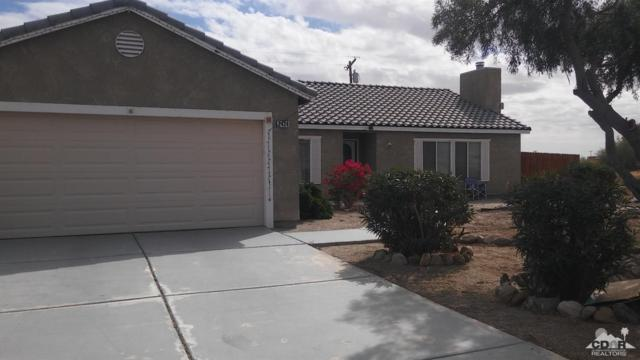 2424 Shore Jewel Avenue, Salton City, CA 92274 (MLS #218002478) :: Brad Schmett Real Estate Group