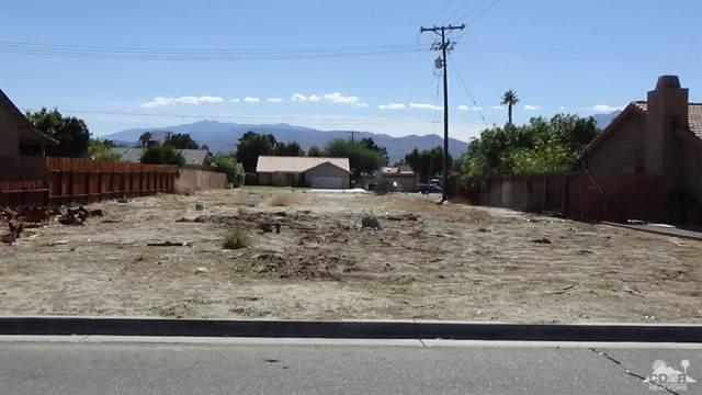 560 Galardo Road, Cathedral City, CA 92234 (#218029642) :: The Pratt Group