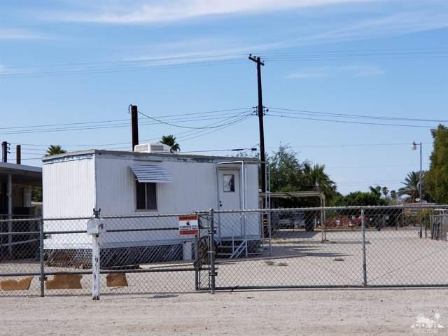 218 E Brawley Avenue, Salton Sea Beach, CA 92274 (MLS #219010203) :: Brad Schmett Real Estate Group