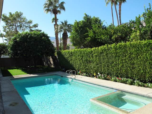 2459 S Camino Real, Palm Springs, CA 92264 (MLS #219033690) :: The Sandi Phillips Team