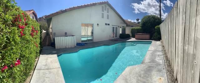 54805 Avenida Herrera, La Quinta, CA 92253 (MLS #219041096) :: The Sandi Phillips Team