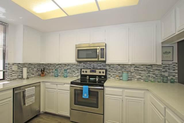 15 Marbella Drive, Rancho Mirage, CA 92270 (MLS #219042545) :: Brad Schmett Real Estate Group