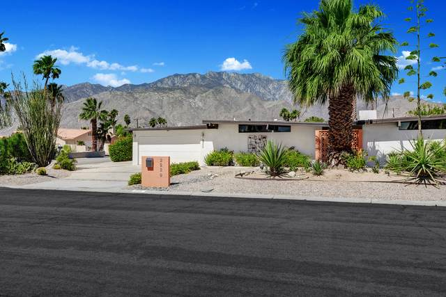2229 N San Gorgonio Road, Palm Springs, CA 92262 (MLS #219043230) :: The Sandi Phillips Team