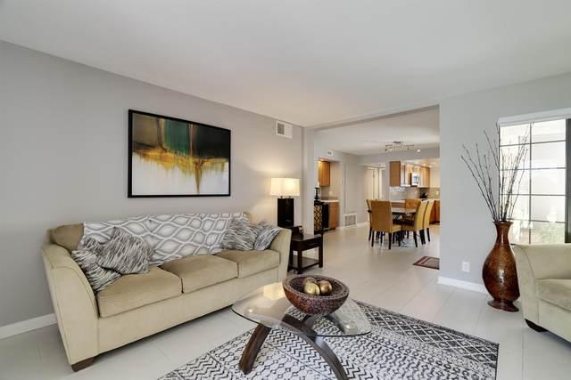 2701 E Mesquite Avenue, Palm Springs, CA 92264 (MLS #219043859) :: Brad Schmett Real Estate Group