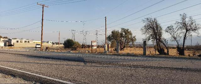 0 Dillon /Louise /Little Morongo Road, Desert Hot Springs, CA 92240 (#219044436) :: The Pratt Group
