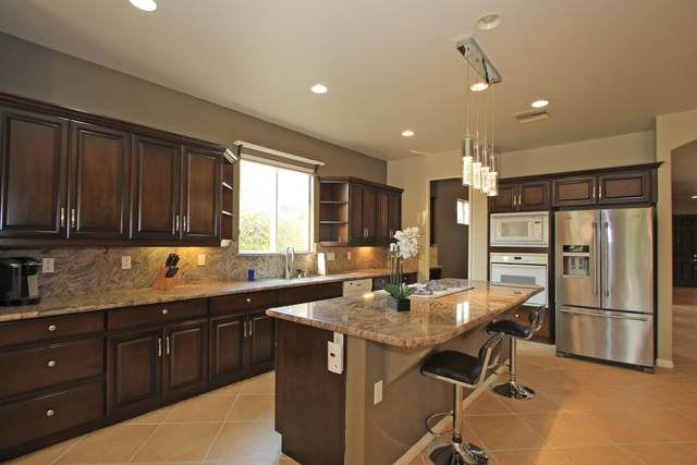 40728 Palm Court, Palm Desert, CA 92260 (MLS #219049269) :: The John Jay Group - Bennion Deville Homes
