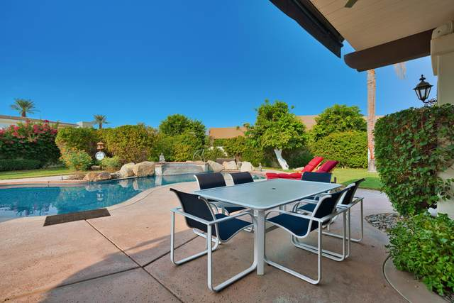 79455 Briarwood, La Quinta, CA 92253 (#219049301) :: The Pratt Group