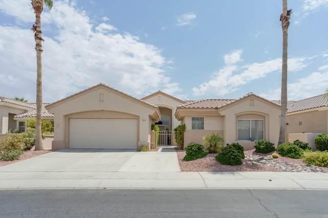 78958 Links Drive, Palm Desert, CA 92211 (MLS #219049701) :: The Sandi Phillips Team
