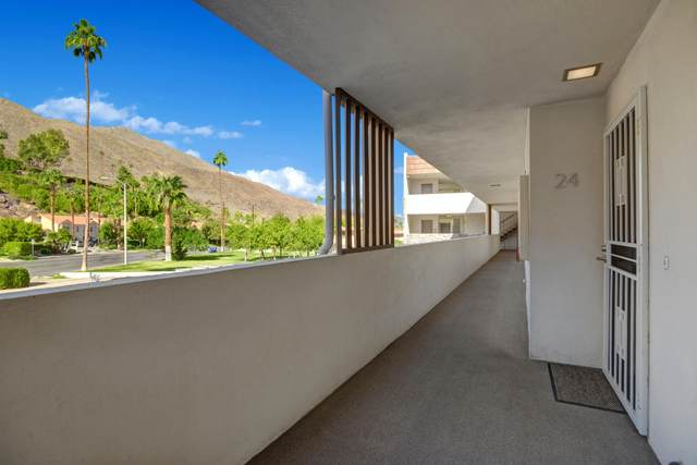 2300 S Palm Canyon Drive, Palm Springs, CA 92264 (MLS #219052447) :: The Sandi Phillips Team