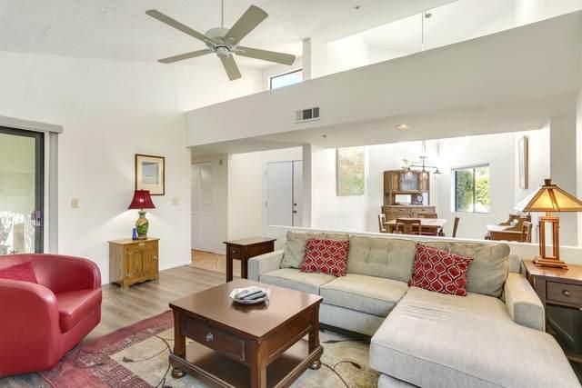456 Village Square, Palm Springs, CA 92262 (#219054207) :: The Pratt Group