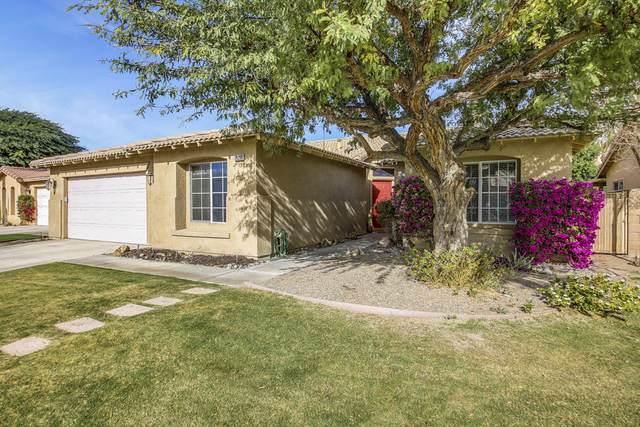 79290 Sierra Vista, La Quinta, CA 92253 (#219055472) :: The Pratt Group