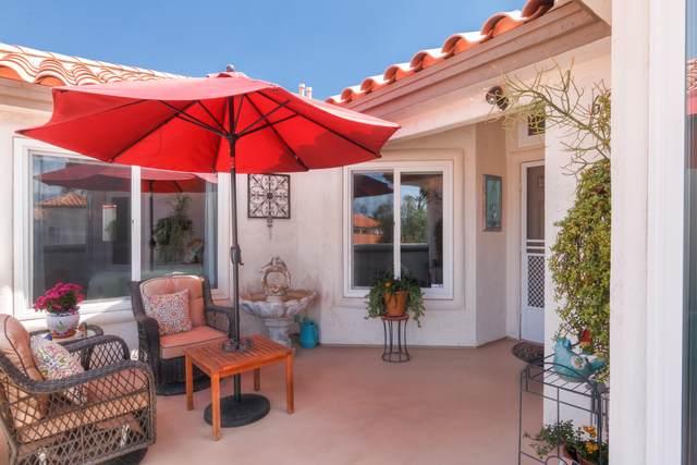 660 Vista Lago Circle, Palm Desert, CA 92211 (MLS #219059914) :: KUD Properties