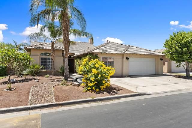 79291 Sierra Vista, La Quinta, CA 92253 (MLS #219062589) :: KUD Properties