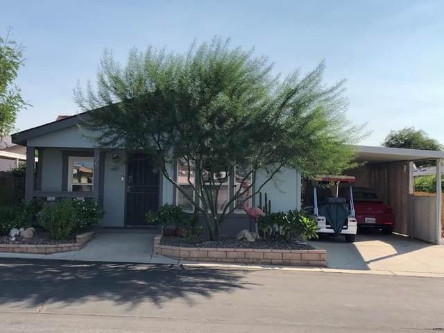 69525 Dillon Road, Desert Hot Springs, CA 92241 (MLS #219063789) :: KUD Properties