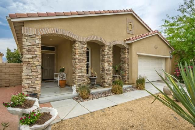 2667 Desert Breeze Way, Palm Springs, CA 92262 (MLS #219063952) :: Lisa Angell