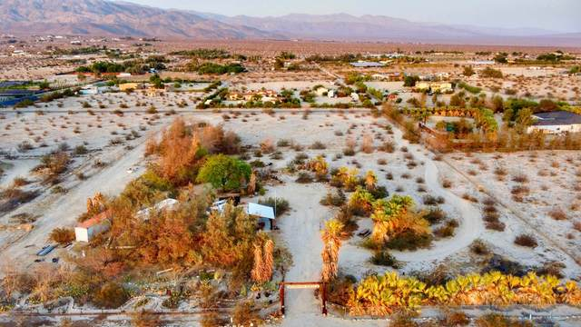 22510 Henry Road, Desert Hot Springs, CA 92241 (MLS #219065499) :: Brad Schmett Real Estate Group