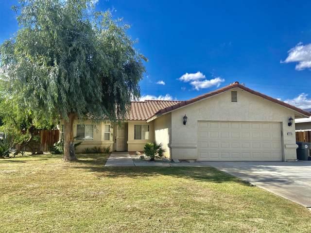 43865 Buena Circle, Palm Desert, CA 92260 (MLS #219069151) :: The John Jay Group - Bennion Deville Homes