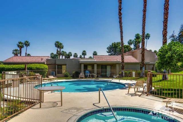 72479 Desert Flower Drive, Palm Desert, CA 92260 (MLS #218012130) :: The John Jay Group - Bennion Deville Homes