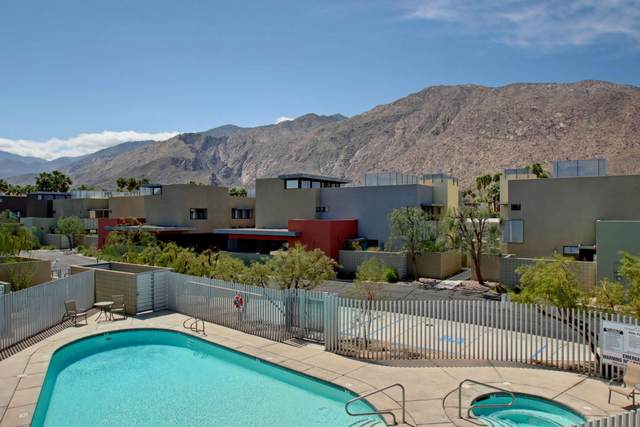 681 E Arenas Road, Palm Springs, CA 92262 (MLS #219037566) :: The Sandi Phillips Team
