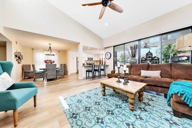 17 Torremolinos Drive, Rancho Mirage, CA 92270 (MLS #219043414) :: Brad Schmett Real Estate Group