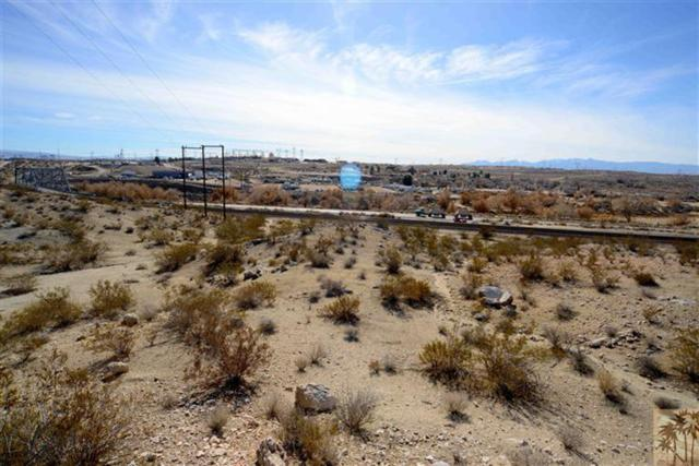 17535 National Trails Highway, Victorville, CA 92368 (MLS #21438012) :: Deirdre Coit and Associates