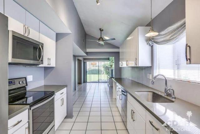 1717 Capri Circle W, Palm Springs, CA 92264 (MLS #217020160) :: The John Jay Group - Bennion Deville Homes