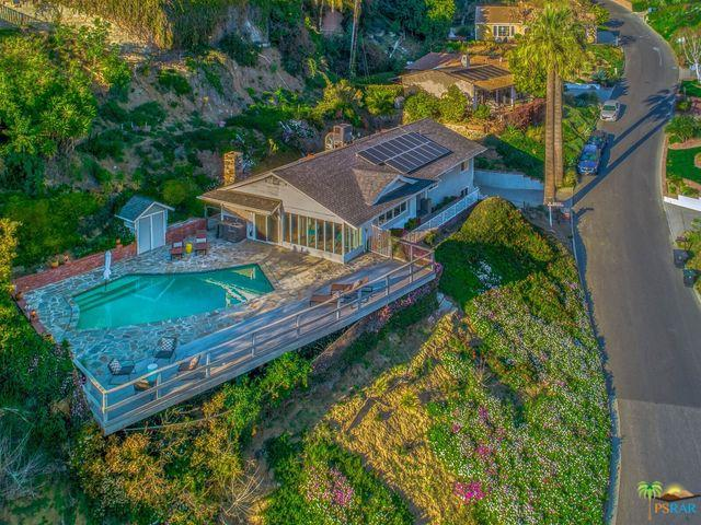 1251 Paseo Redondo, Burbank, CA 91501 (MLS #19437370PS) :: The John Jay Group - Bennion Deville Homes