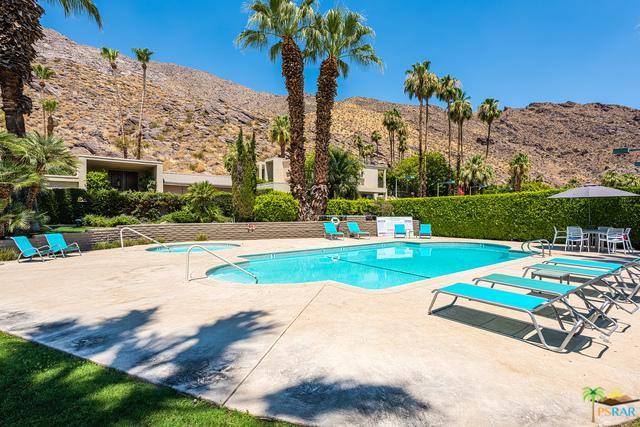 555 W Baristo Road C35, Palm Springs, CA 92262 (MLS #17247292PS) :: Brad Schmett Real Estate Group