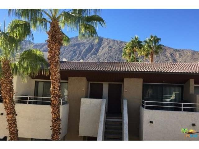 467 S Calle El Segundo D19, Palm Springs, CA 92262 (MLS #16103136PS) :: The John Jay Group - Bennion Deville Homes