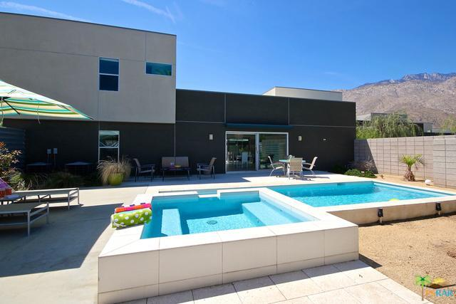 1068 Audrey Drive, Palm Springs, CA 92262 (MLS #16187742PS) :: Brad Schmett Real Estate Group