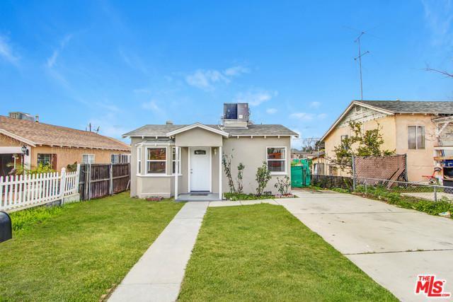 1329 Fairview Avenue, Colton, CA 92324 (MLS #17206142) :: Team Wasserman