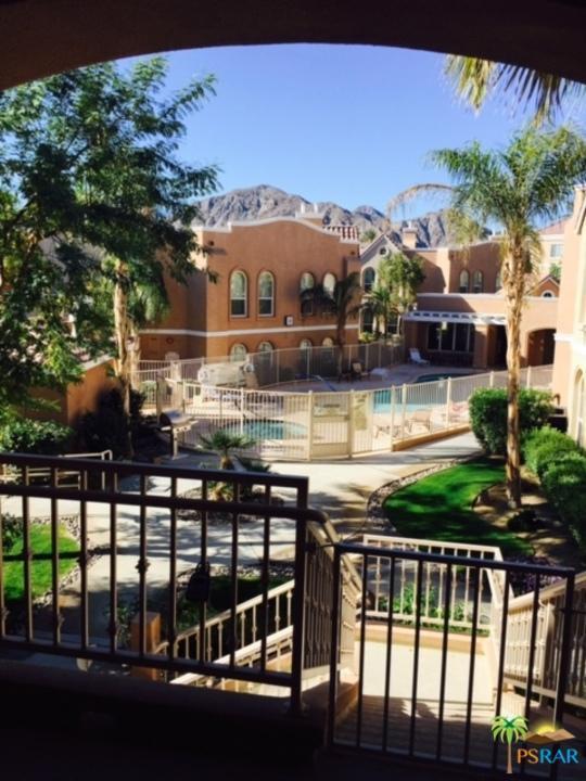 45245 Seeley Drive 15F, La Quinta, CA 92253 (MLS #17247244PS) :: Brad Schmett Real Estate Group