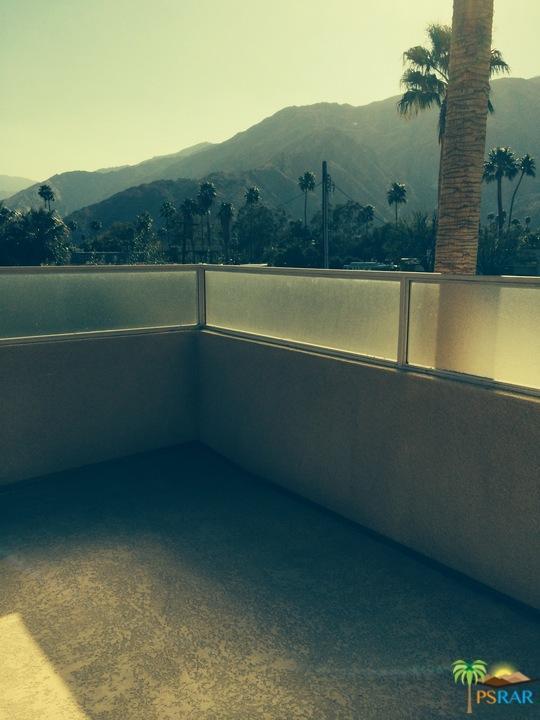 100 E Stevens Road #509, Palm Springs, CA 92262 (MLS #17261490PS) :: The John Jay Group - Bennion Deville Homes