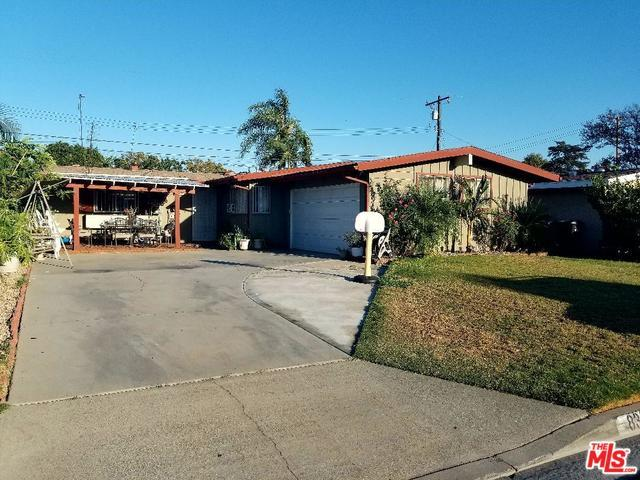 8326 Flallon Avenue, Whittier, CA 90606 (MLS #17275428) :: The Jelmberg Team
