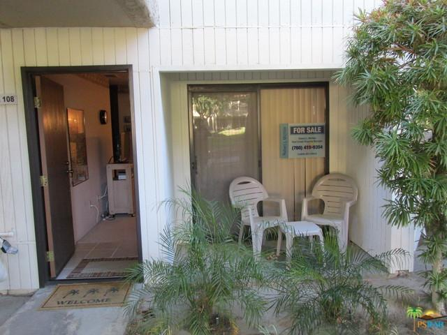 2810 N Arcadia Court #108, Palm Springs, CA 92262 (MLS #17276106PS) :: Brad Schmett Real Estate Group