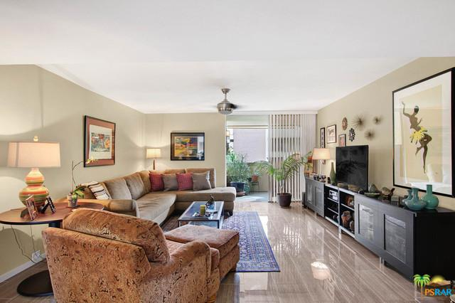 251 E La Verne Way C, Palm Springs, CA 92264 (MLS #17277036PS) :: Deirdre Coit and Associates