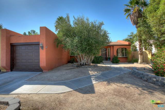 3243 N Mountain Shadow Drive, Palm Springs, CA 92262 (MLS #17280834PS) :: Brad Schmett Real Estate Group