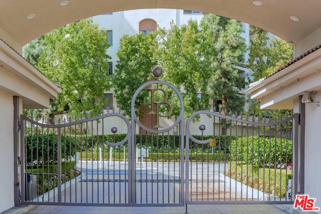 2142 Century Park Lane #203, Los Angeles (City), CA 90067 (MLS #17281434) :: The Jelmberg Team