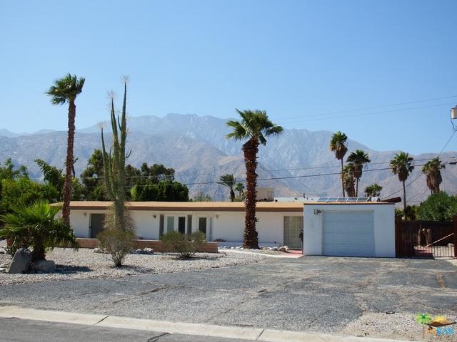 2711 N Chuperosa Road, Palm Springs, CA 92262 (MLS #17281716PS) :: Brad Schmett Real Estate Group