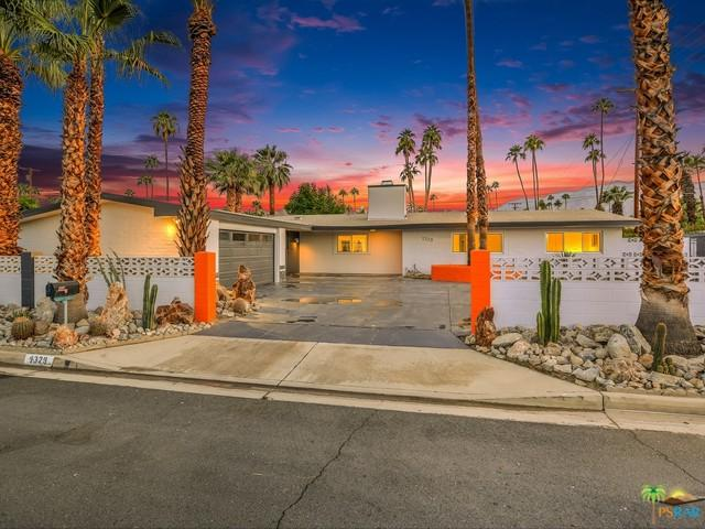 1329 S Riverside Drive, Palm Springs, CA 92264 (MLS #17281752PS) :: Brad Schmett Real Estate Group