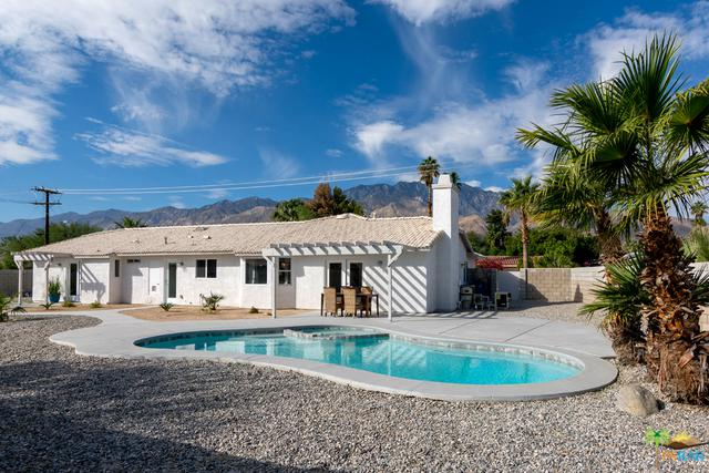 2500 N Farrell Drive, Palm Springs, CA 92262 (MLS #17282274PS) :: Brad Schmett Real Estate Group